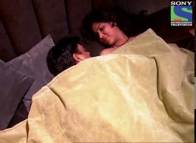 Videogram: Bade Acche Lagte Hai - Episode 166 - 12th March 2012