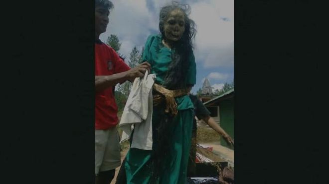 Wonderlijk Videogram: The Walking Dead In Reality: The Rituals of Toraja IE-28
